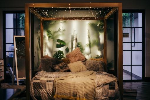 Chambre au décor exotique et agréable